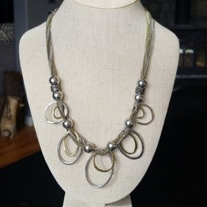 Jewelry - Unique & Playful Oval Necklace